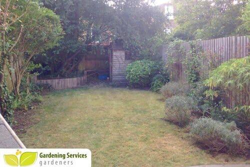 London Fields garden clean up E8