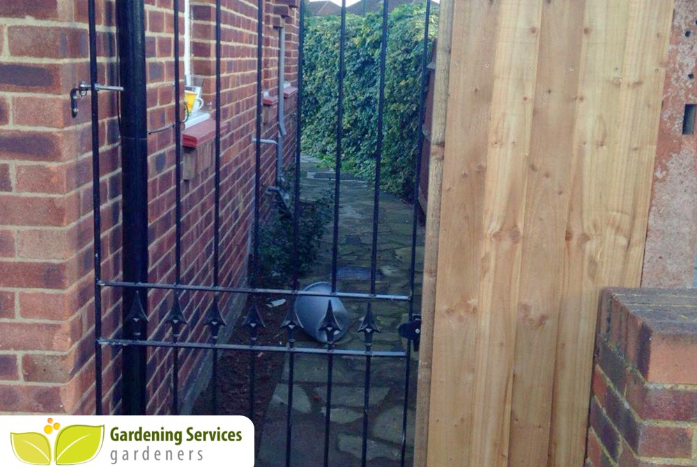 Woodside Park landscaping company N12