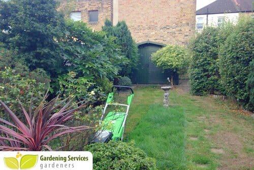 SE1 garden edging Southwark